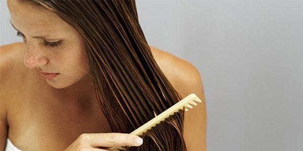 Rụng tóc do da đầu nhiều dầu