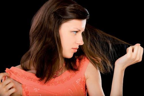 Căng thẳng, stress là nguyên nhân gây rụng tóc