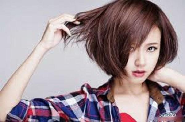 Hình ảnh tóc ngắn bồng bềnh