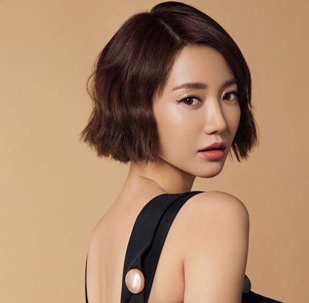Nhiều bạn nữ thích kiểu tóc ngắn cá tính