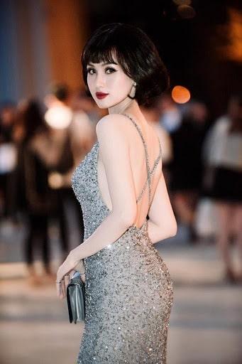 Style thời trang phối kiểu tóc ngắn perfect của Tâm Tít