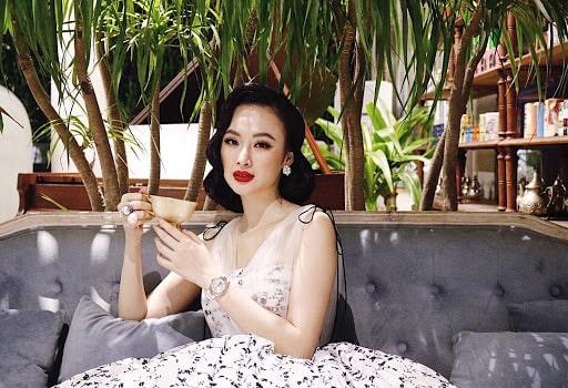 Tóc ngang vai uốn cúp đuôi cổ điển của Angela Phương Trinh
