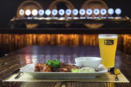 Bia thủ công có lượng calo thấp hạn chế béo bụng